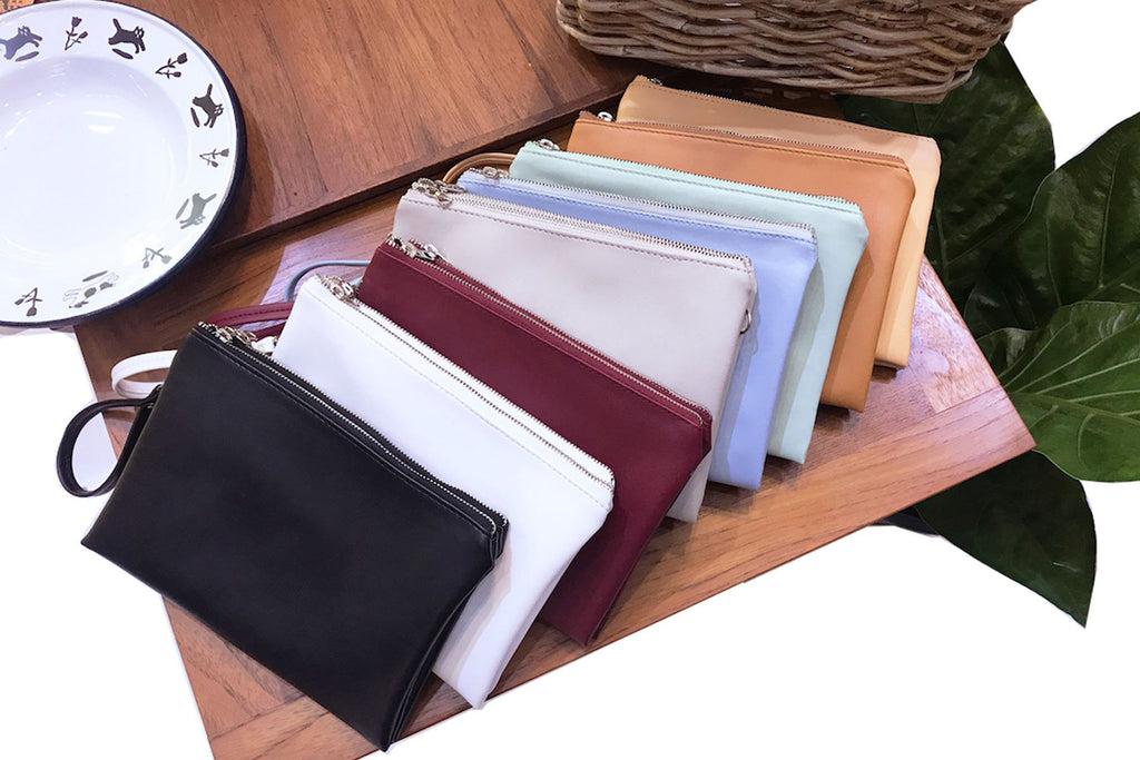 กระเป๋า Whiteoakfactory รุ่น Sandwich Cross Body Clutch