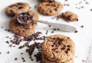 Load image into Gallery viewer, vanilla cookies with cacao nibs