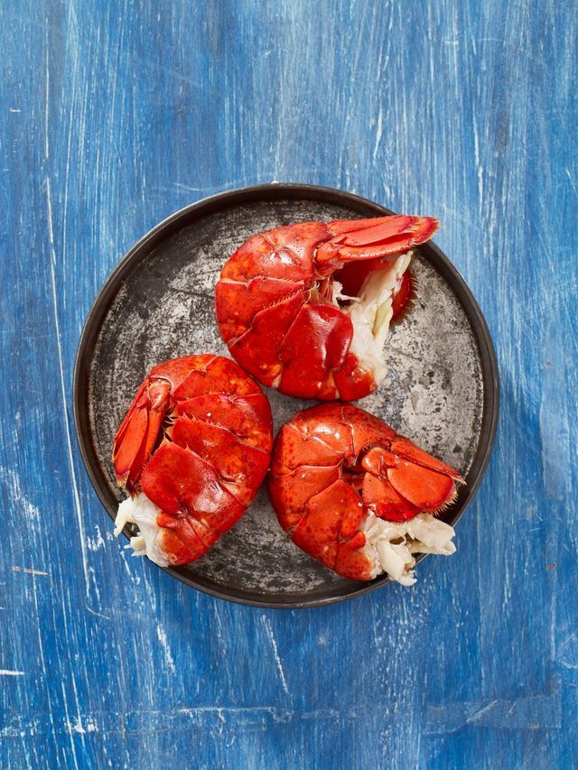 Combo: LOBSTER ROLLS KIT (Makes 6) + 6 Lobster Tails (3-4 oz)