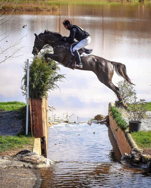 Why Are Body Protectors Mandatory in Eventing and Air Vests Aren't?