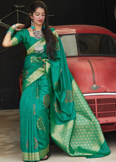 Green Silk Saree with Heavy Zari work Golden Pallu