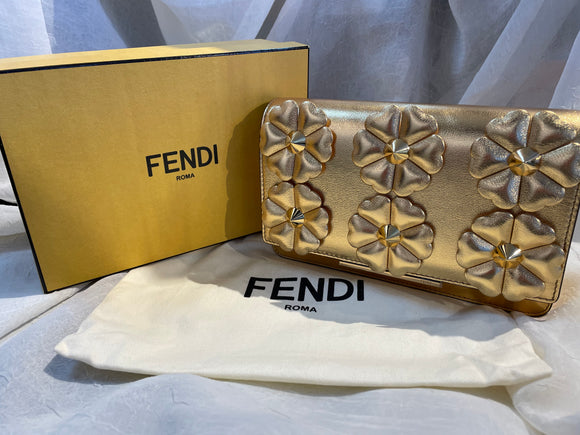 NWOT Fendi Wallet on Chain