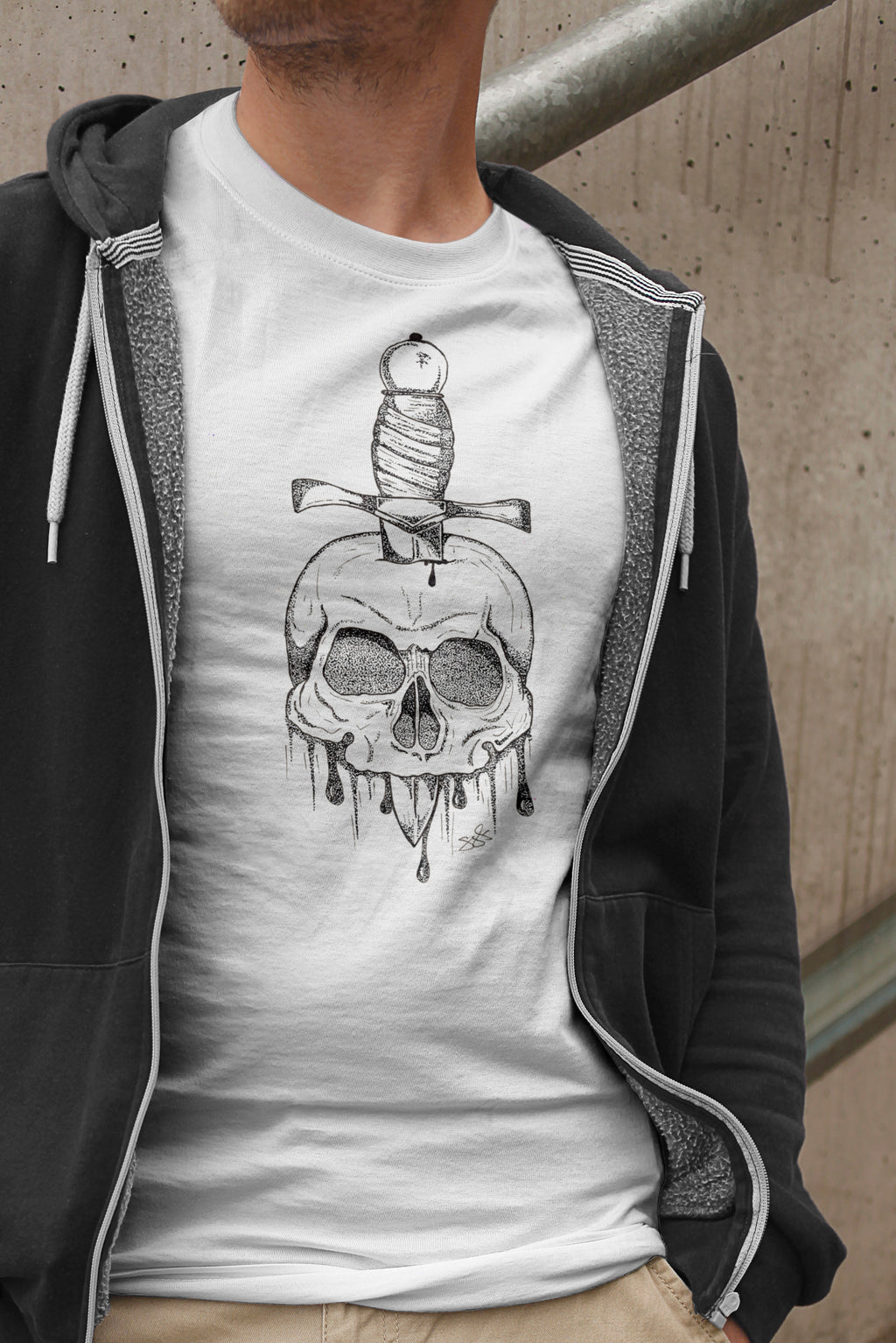 Mens Skull and Dagger T-Shirt