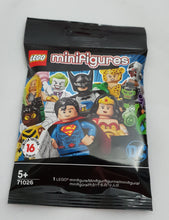 Load image into Gallery viewer, LEGO Mini Figure