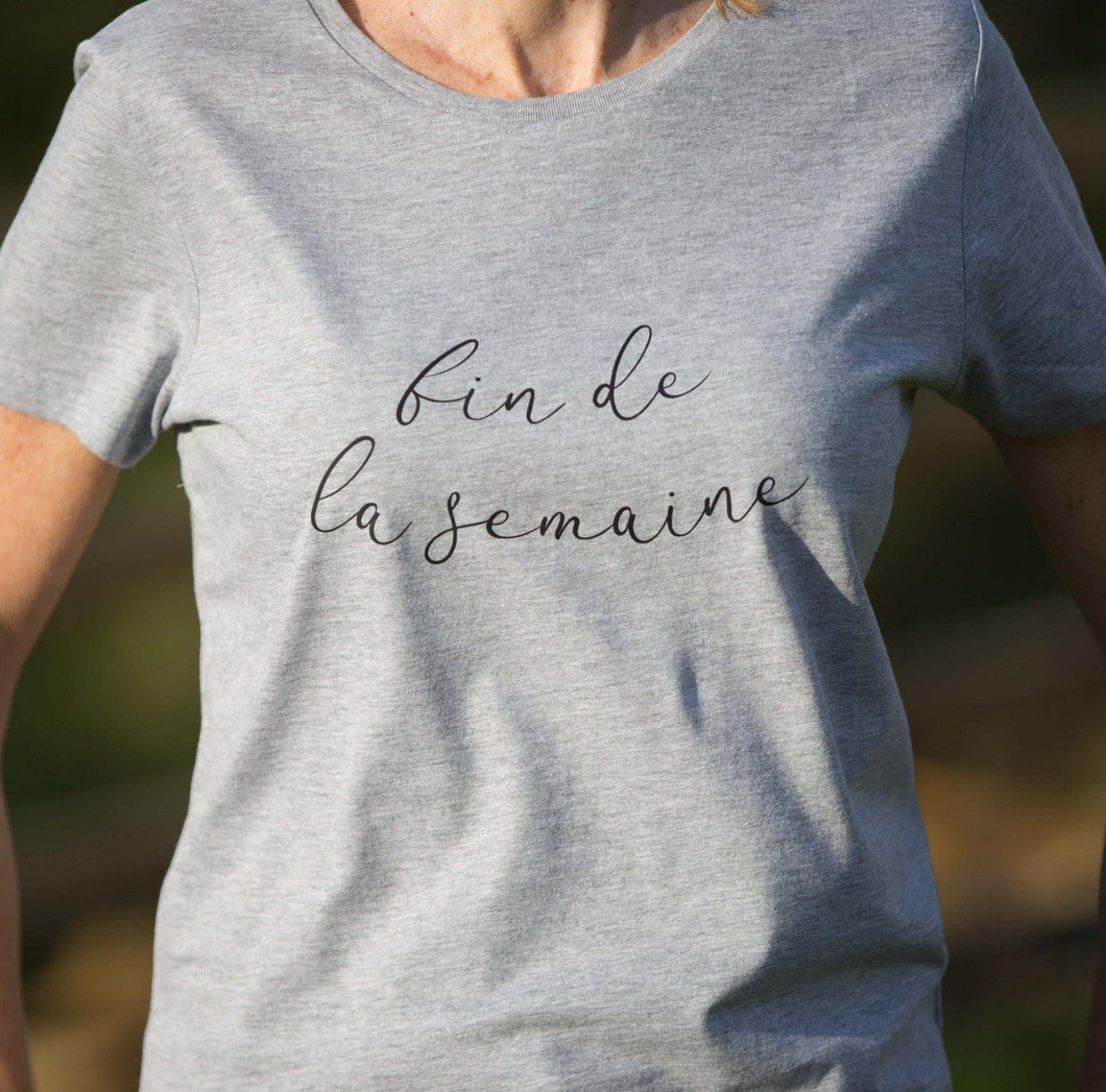 women's grey crewneck t-shirt with fin de la semaine slogan in black
