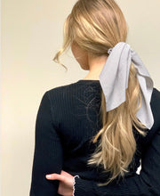 Load image into Gallery viewer, Scrunchies Hair Tye