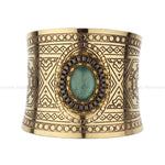 Fashion Open Wide Smooth Cut-Work Golden Cuff Brass Bangle Handmade Bracelet with Green Resin Stone