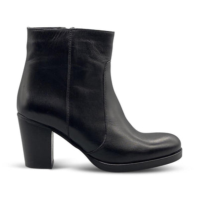 Black Leather Ankle Boots with Block Heel Shoe Nimmo shoes