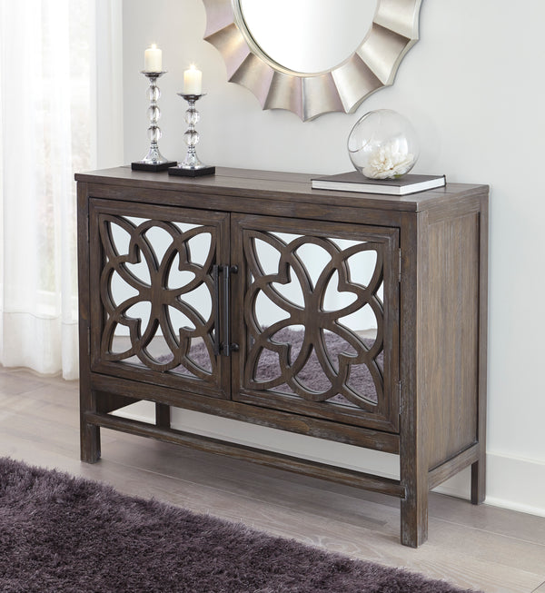 AVLON ACCENT CABINET