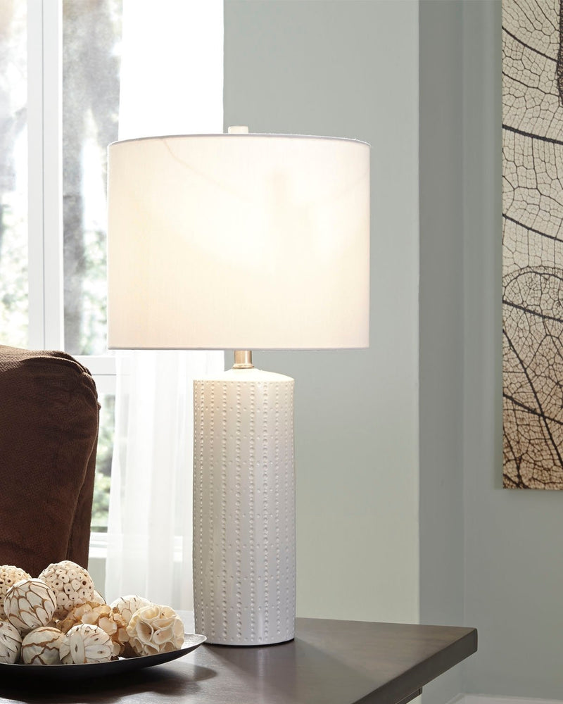 STEUBEN CERAMIC TABLE LAMP (2/CN)