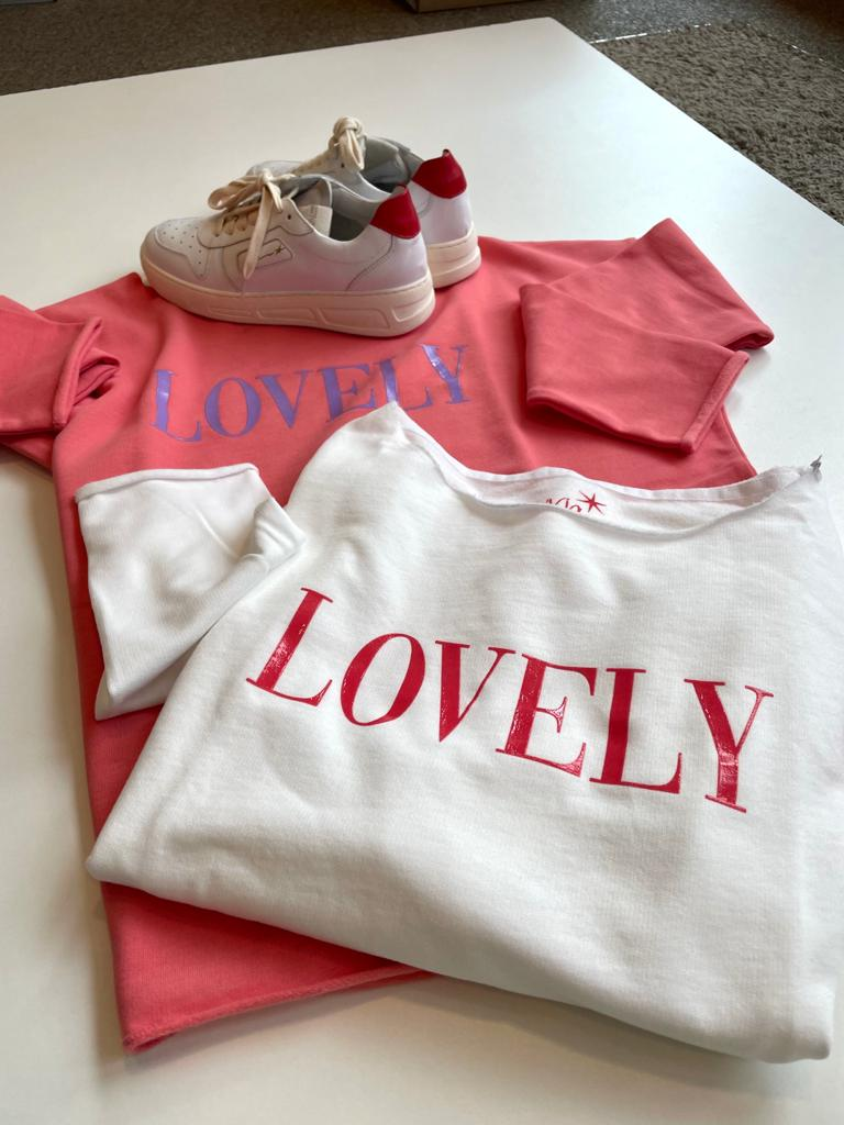 Sweatshirt LOVELY Juvia