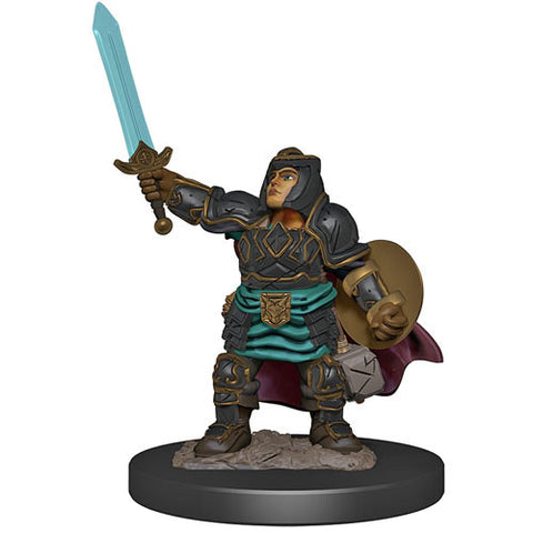 Icons of the Realms: Premium Figures - Dwarf Paladin Female