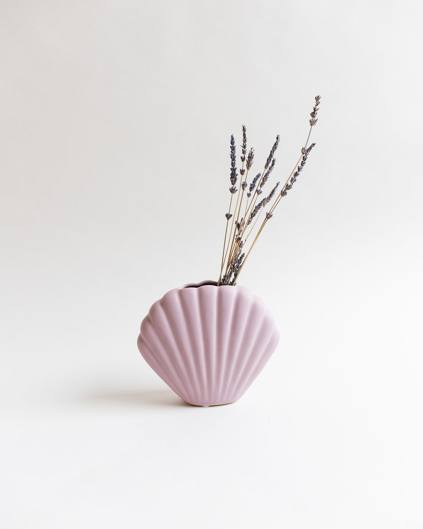 Ceramic Shell Vase in Dusty Pink