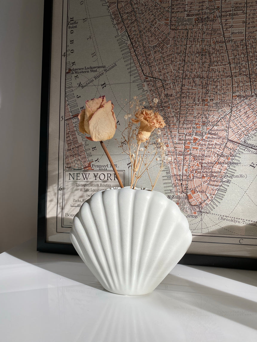 Cream Ceramic Shell Vase
