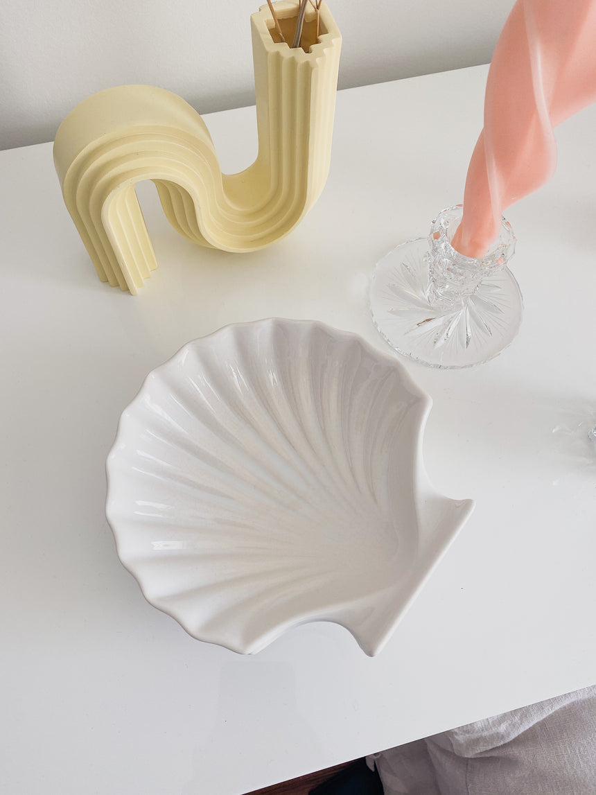 Shell serving plates or catchall