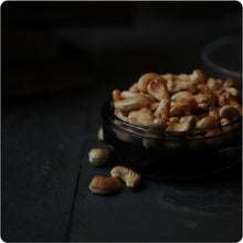 Load image into Gallery viewer, Whisky Smoked Original Cashews