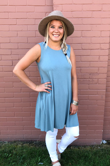 Round We Go Gray Blue Sleeveless Top