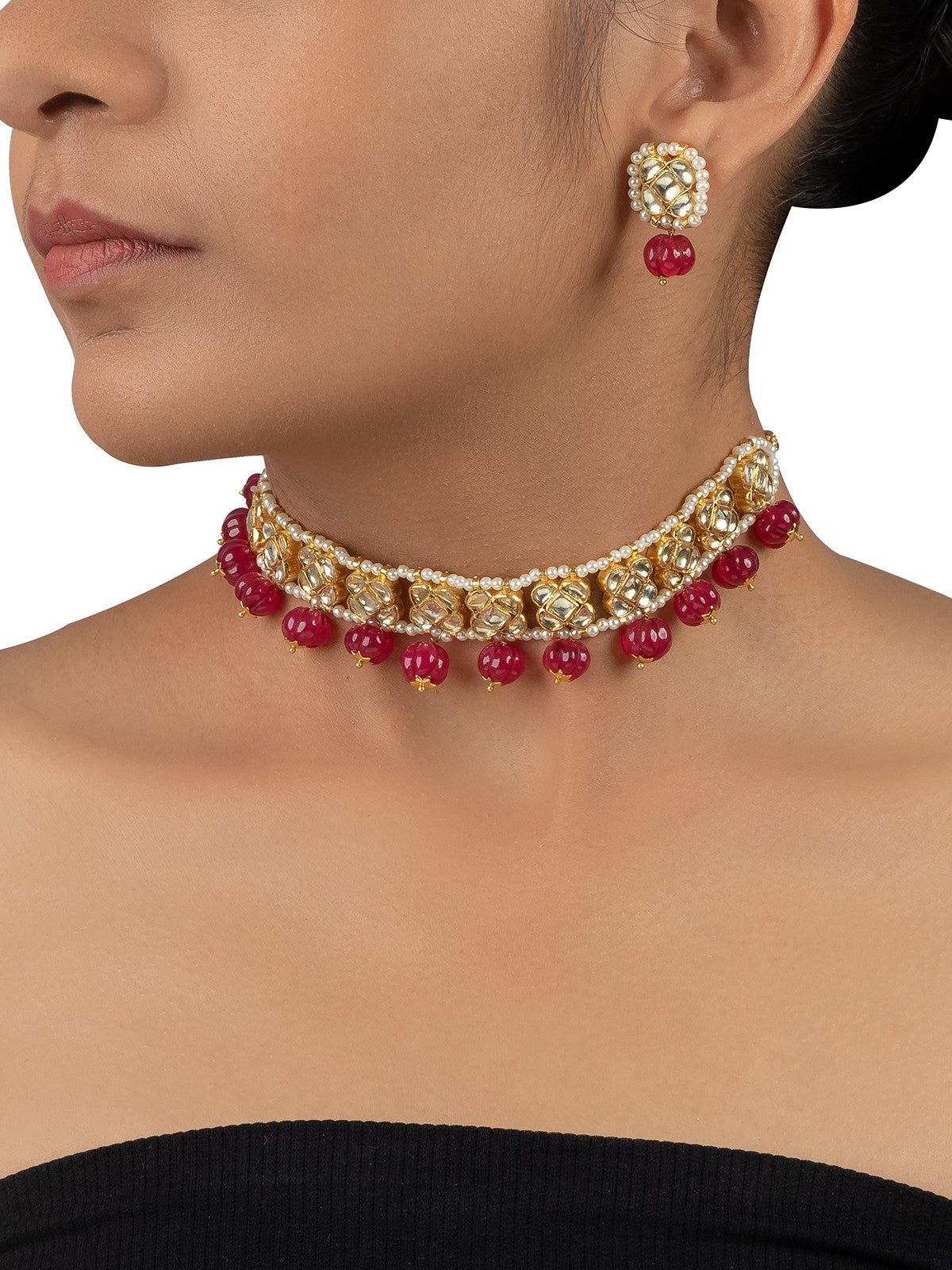 Yellow Jadau Choker Set With Maroon Muskmelon Beads Hanging