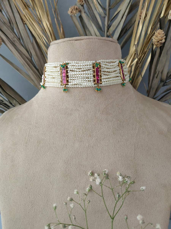 Pink Jadau Choker Set With Pearl Gunthani Belt