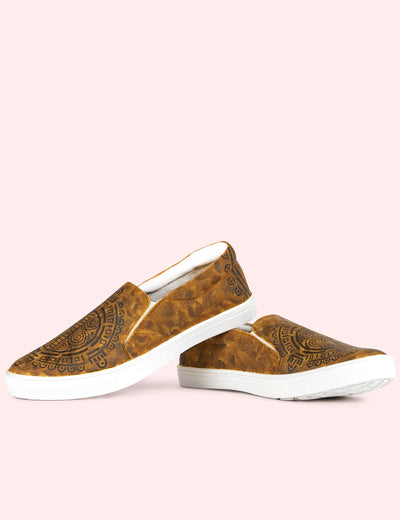 Buy brown canvas shoes for female online in India at soulcraf.com