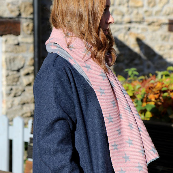 Pink and grey reversible pleated star scarf