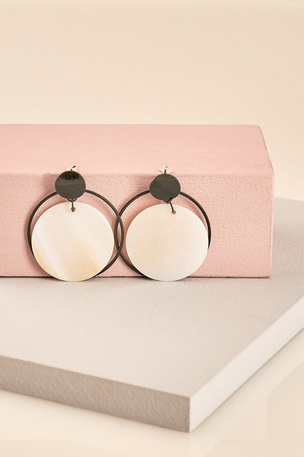 Claire Disc Shell Earrings