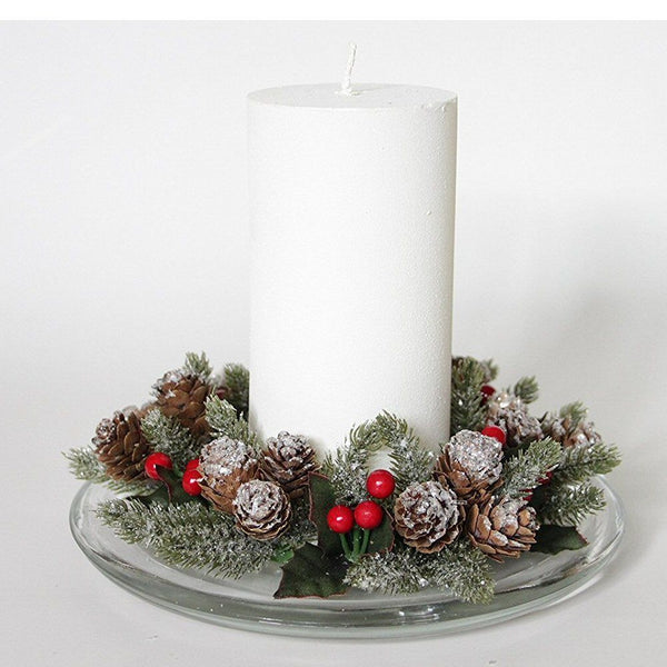 Cone & Berries Christmas Candle Ring