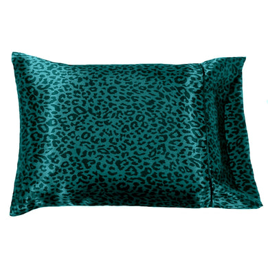 This A Touch of Satin pillowcase is made from a teal color charmeuse satin cheetah print, sewn with French seams and is washable and dryer safe.