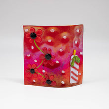 Load image into Gallery viewer, Votive holder - Red iridescent glass decorated with flowers and holiday candle