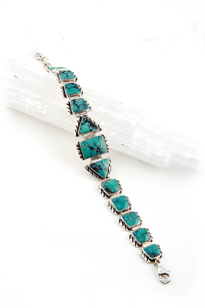 Load image into Gallery viewer, Modern Turquoise Link Bracelet
