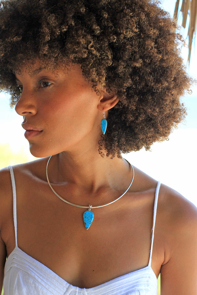 Load image into Gallery viewer, Blue Turquoise Modern Minimalist Pendant