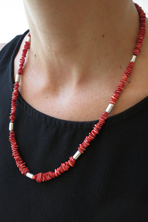 Load image into Gallery viewer, Red Spiny Oyster and Sterling Silver Necklace