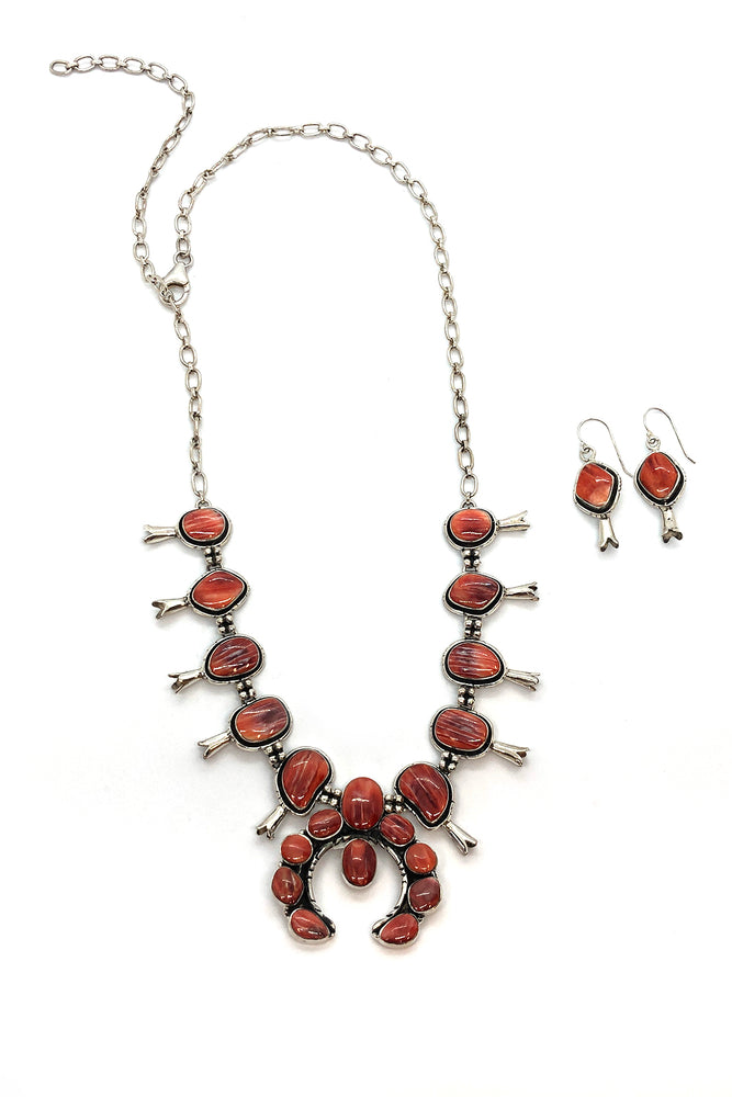 Spiny Oyster Squash Blossom Necklace with Earrings