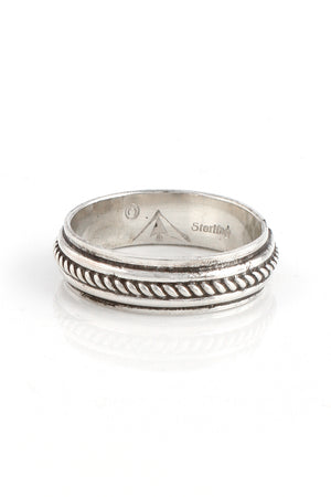 Sterling Silver Band with Rope Design (Size 11.5)