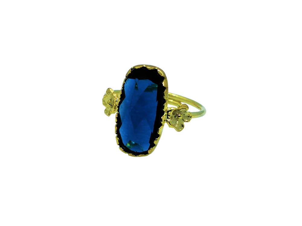 Oval Sapphire Stone Ring