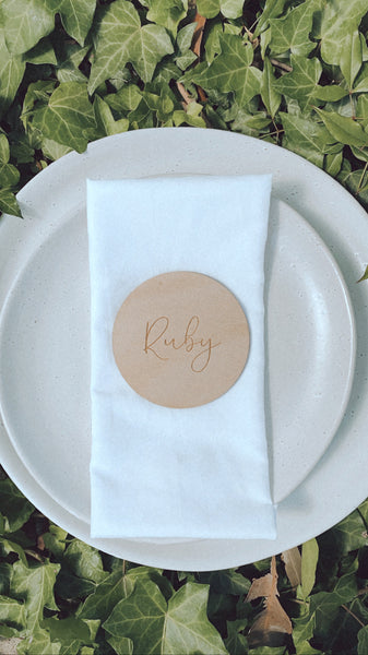Name place-card setting disc