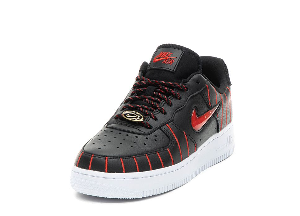 Buy online Nike Wmns Air Force 1 Jewel QS *Chicago* in