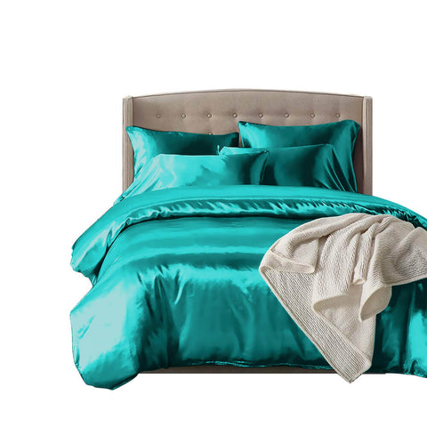 DreamZ Silk Satin Quilt Duvet Cover Set in King Size in Teal Colour
