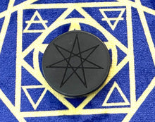 Load image into Gallery viewer, シュンガイト セプタグラム シンプルデザイン スティッカー Shungite EMF 5G protection Sticker with Septagram Simpl
