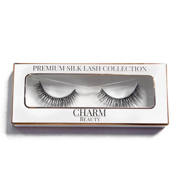 Charm beauty majesty silk lashes in packaging