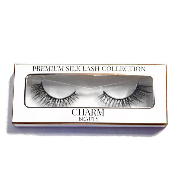 Charm beauty queen silk lashes in packaging