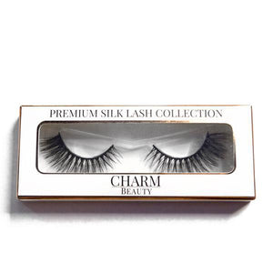 Charm beauty rose silk lashes in packaging
