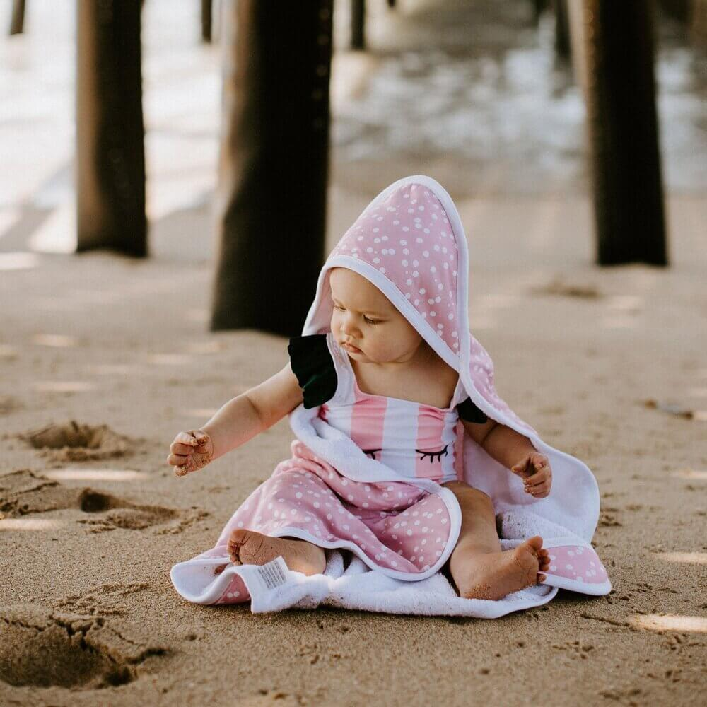 Pink Polka Dot Knit Hooded Towel