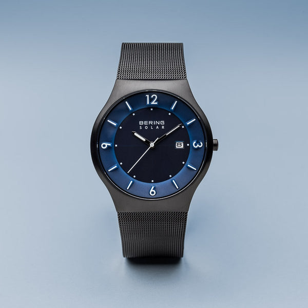 Bering Solar Brushed Black Mesh Watch