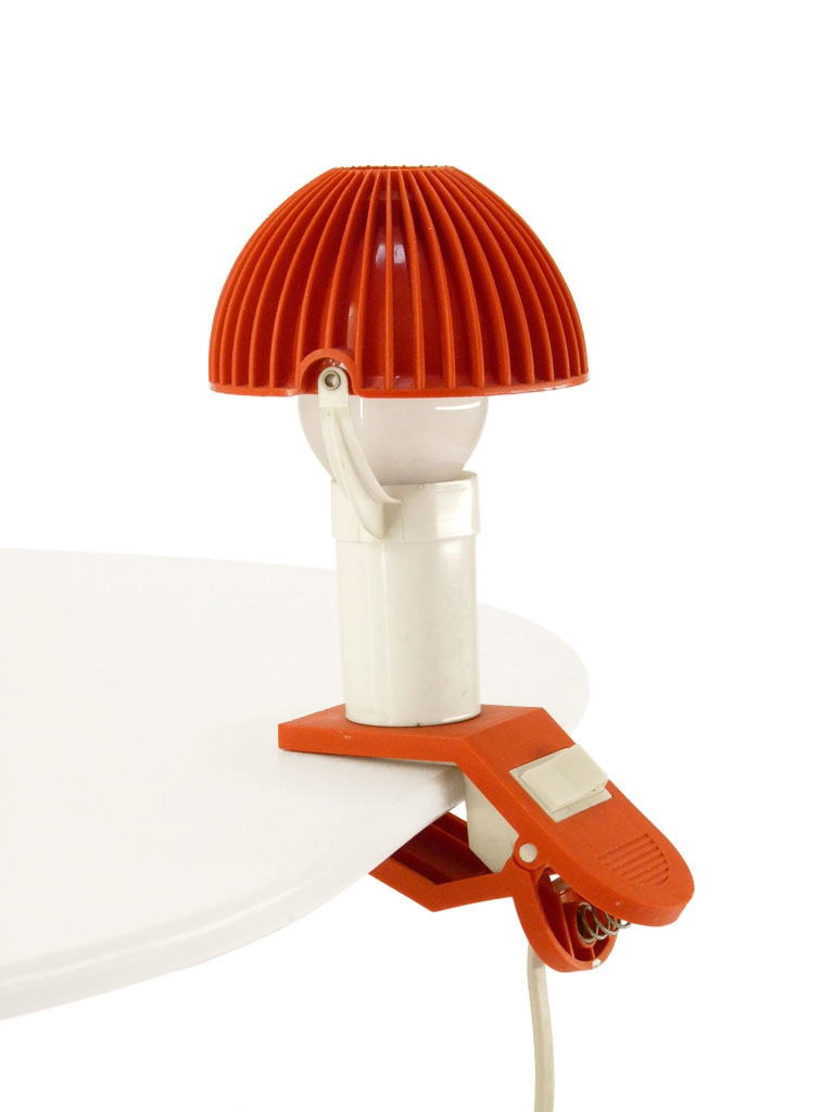 Petite lampe pince rouge