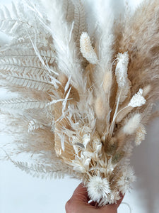 everlasting bouquet, dried floral bouquet, dried flowers, pampas grass, fern, palms