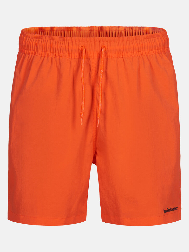 Cut for a regular straight-fitting leg in a quick-drying stretch fabric, these swim shorts are perfect for summer days in and out of water.