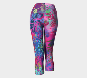 Summer Splendour Capri Leggings