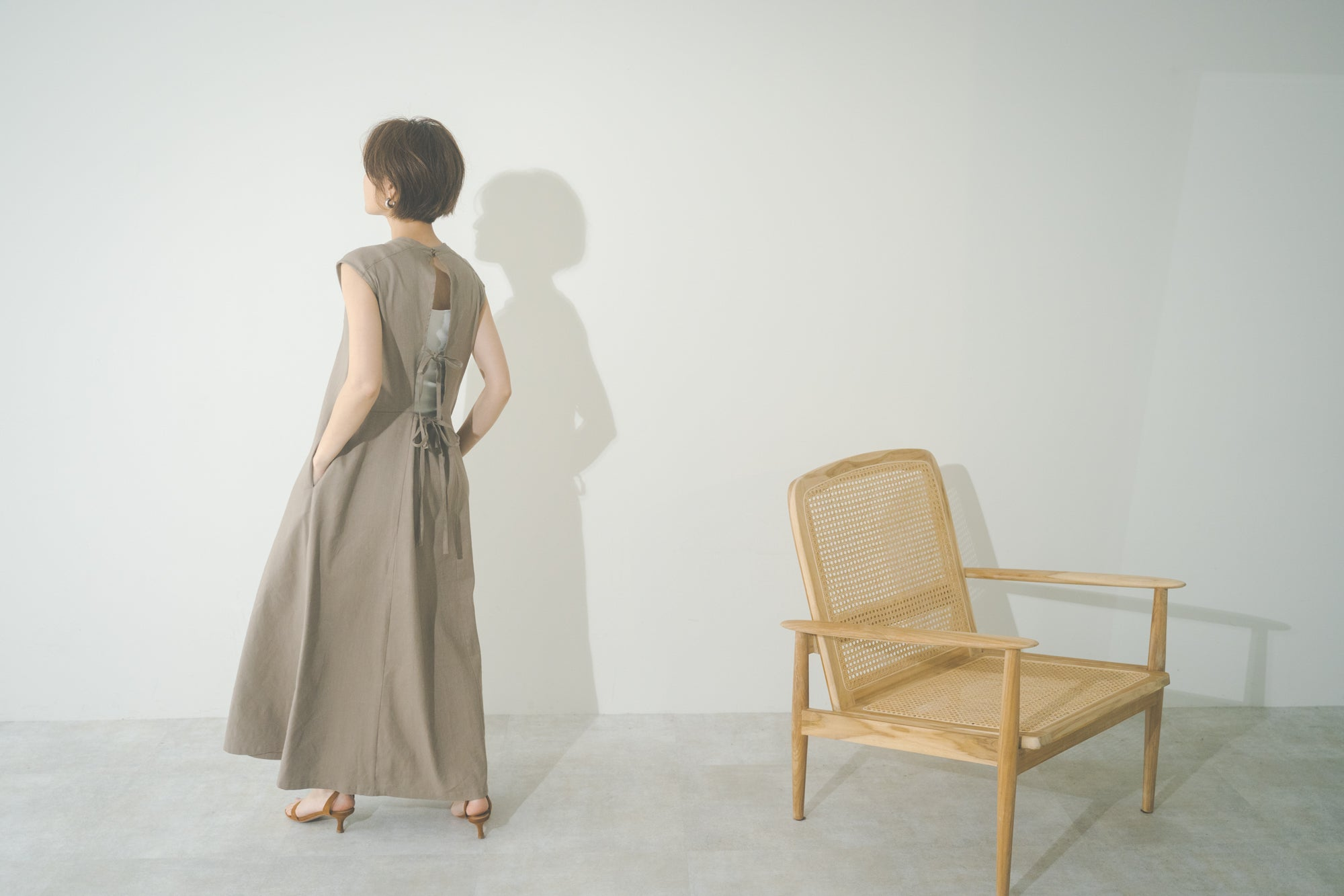 【VERY STORE LIMITED】BACK LINEN ONE PIECE