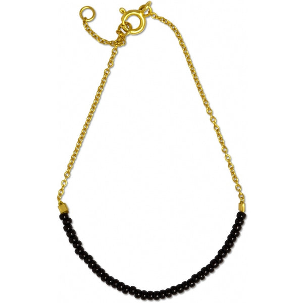 LULU Copenhagen STRING ARMBÅND - FORGYLDT Bracelets Gold with black seed beads